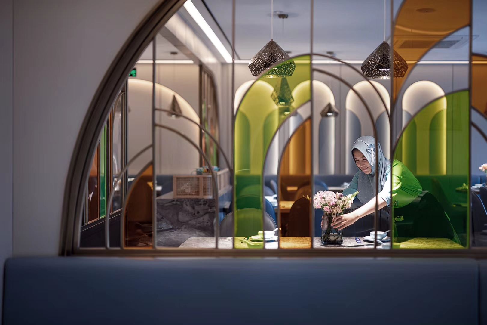 品味回西北菜餐厅设计-杭州餐厅设计-杭州达岸品牌策划设计公司6dccf3dde4113d22c45b80e7c40896b8